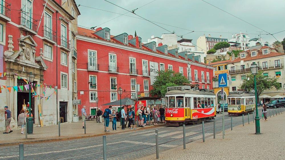 Lisbon tram (1 of 1)