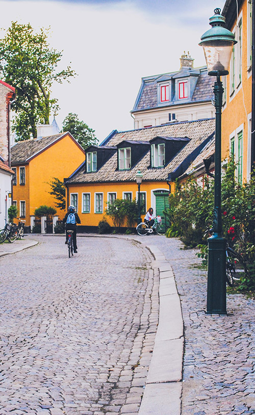 Find out what it is like to live and study in Lund, Sweden, home to one of the biggest universities in #Sweden. Where to go in #Lund? Discover some secret cools spots known by local students. #LundUniversity #Travel #StudyInSweden