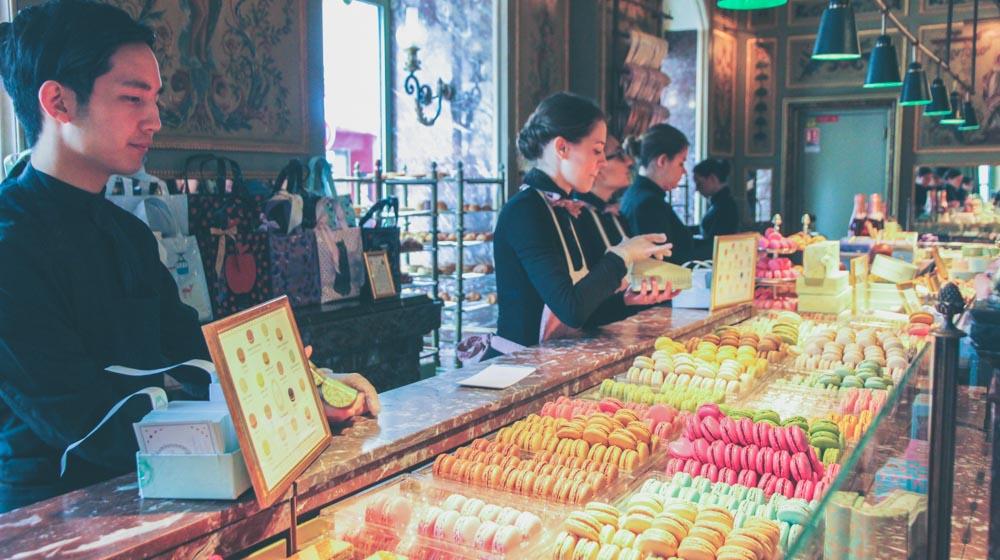 Romantic Things to Do In Paris - laduree