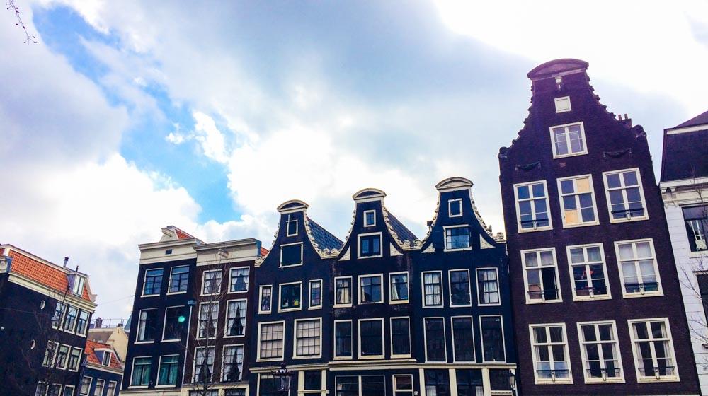 explore Amsterdam solo- buildings