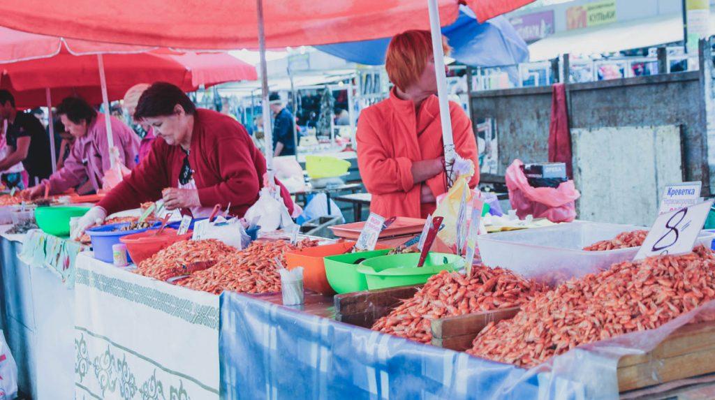 VISIT ODESSA - privoz-market-odessa-shrimp