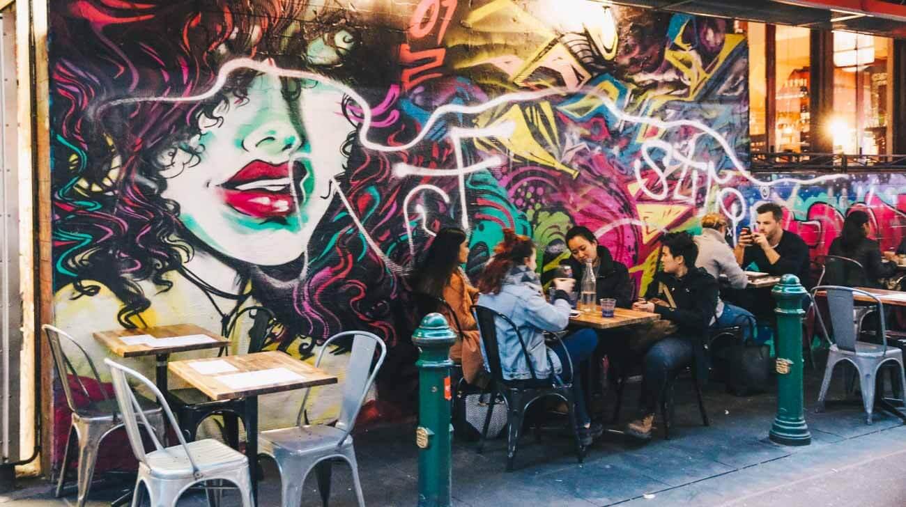 Degraves lane cafe in Melbourne