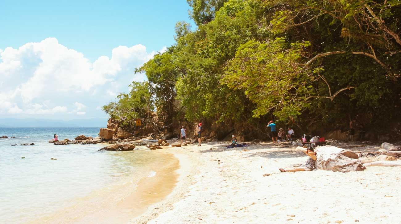 Kota Kinabalu Island Hopping Sapi beach