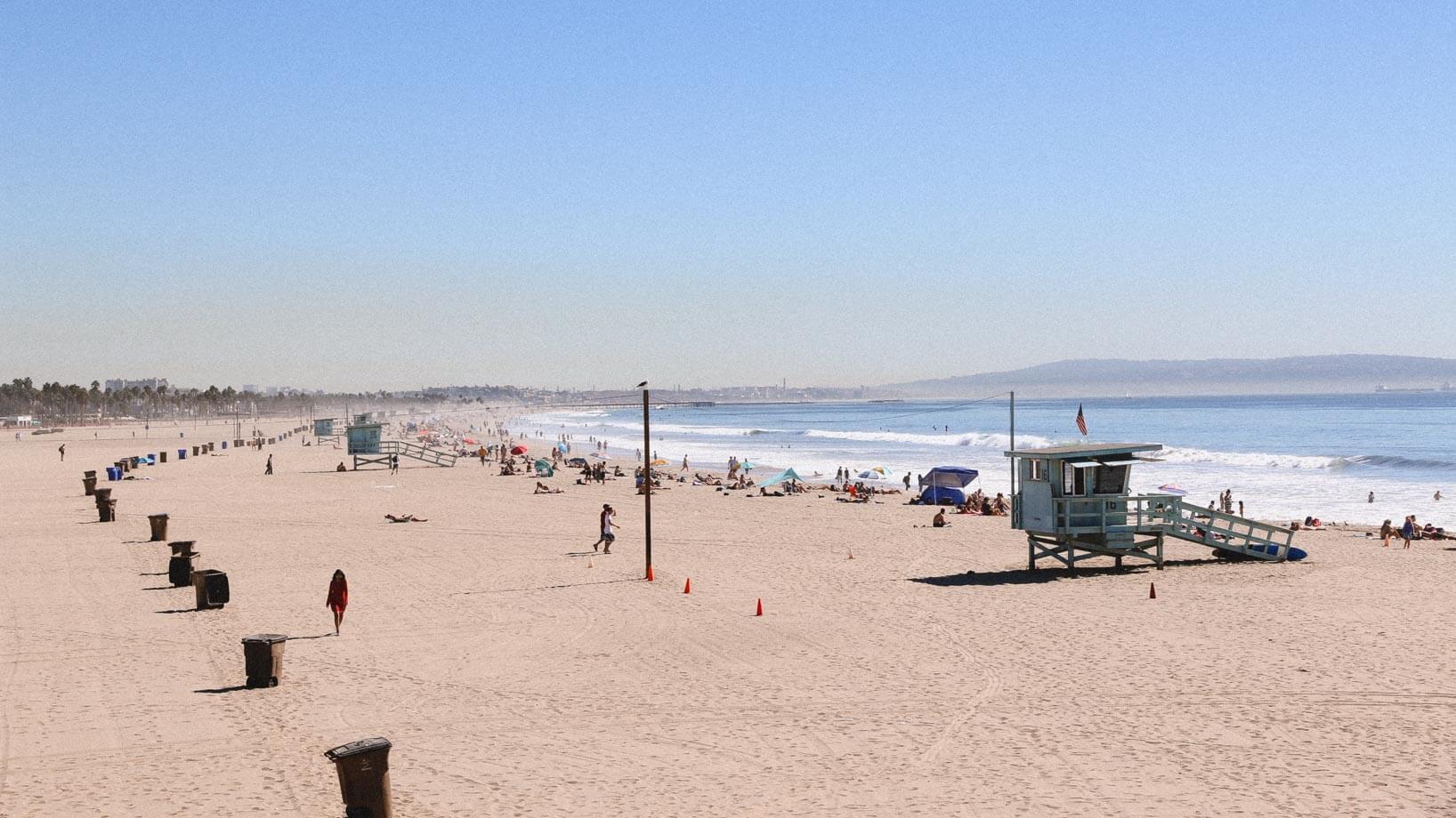 """Пляж в Санта-Крус, Каліфорнія. Експеримент """"Американська мрія"""": яке воно, життя в Америці?"""