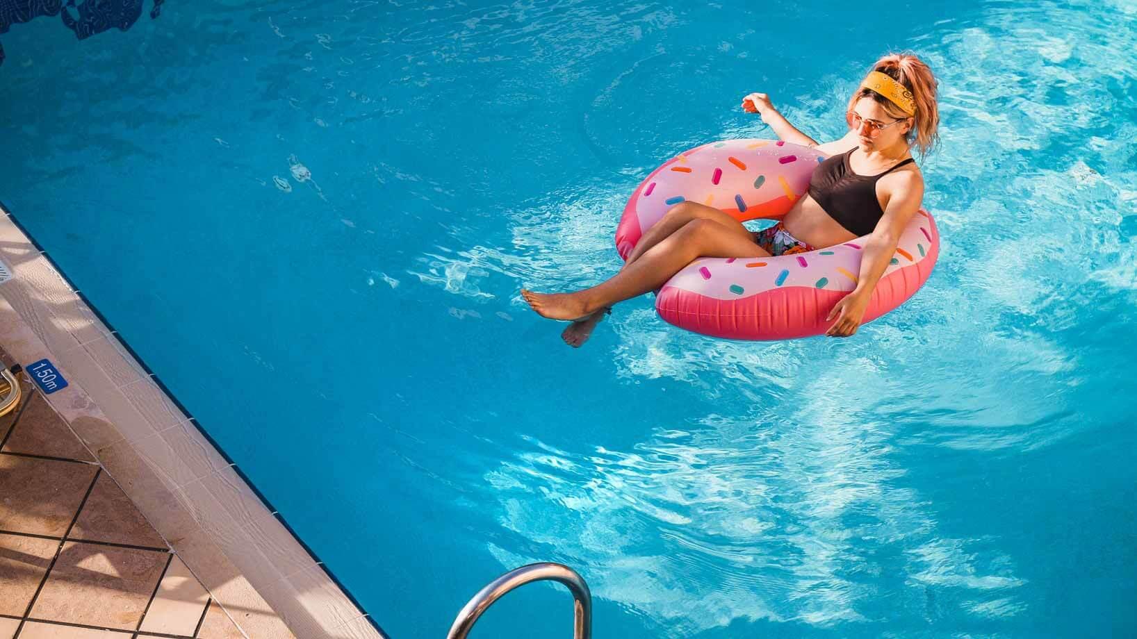 Elotis Suites Pool. 5 Crete Restaurants to Visit on Your Greek Island Vacation