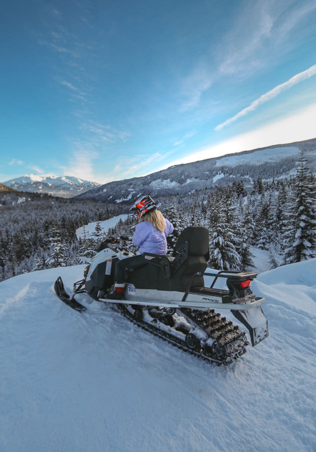 Whistler-winter-activities-snowmobile