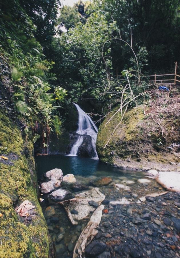 rarotonga-island-waterfall