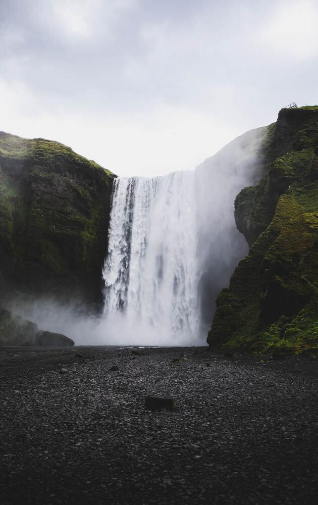 10-Days-Iceland-Itinerary-Skogafoss-4-1