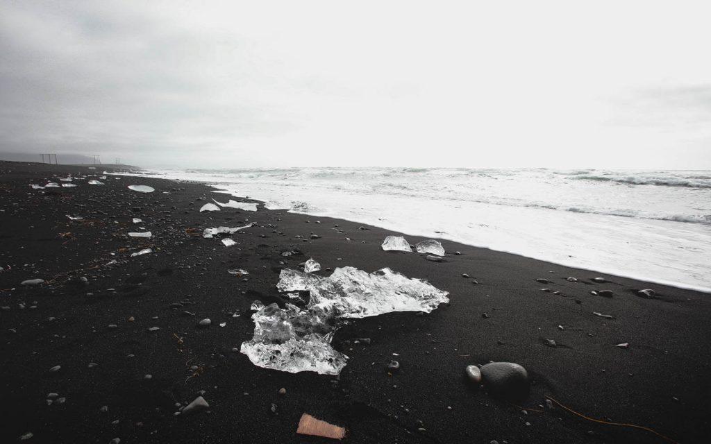Diamond-Beach-in-Iceland-2
