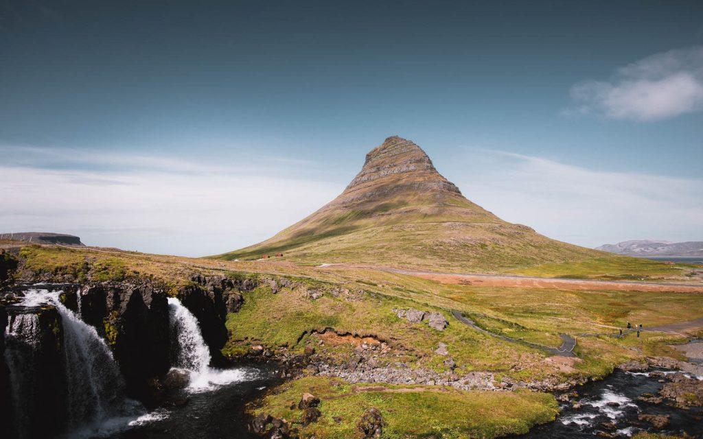 Kirkjufellsfoss-Game-of-Thrones-landscape-Iceland-2