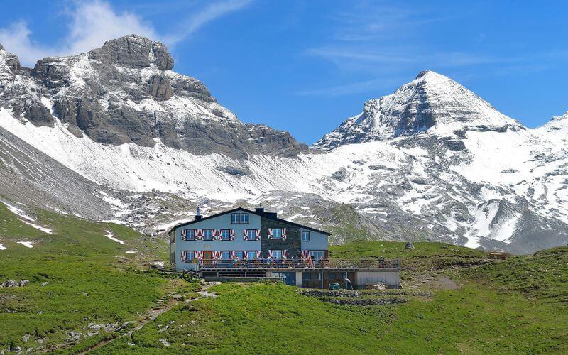 Hikes in Swiss Alps. Rugghubelhütte SAC, exterior view.